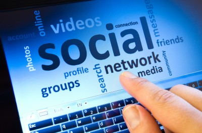 Should a small business use social network marketing?